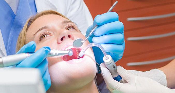 Czym kierować się w wyborze stomatologa?