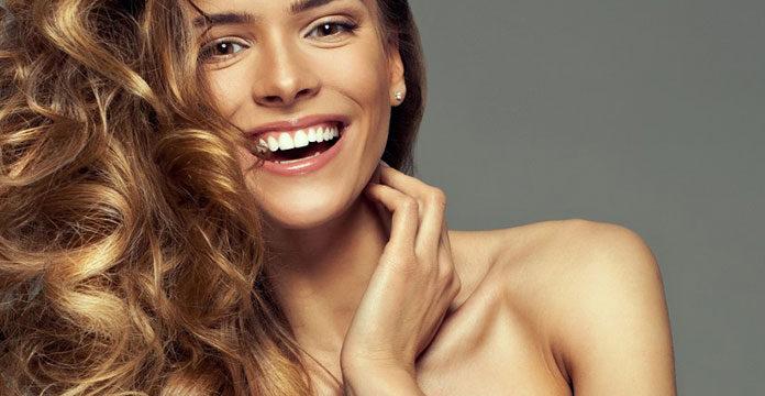 Jak osiągnąć zdrowe i piękne włosy?