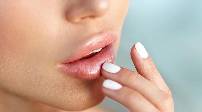 Co daje zabieg powiększania ust?