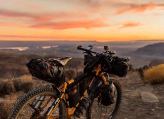 Kupujesz rower przez internet? Na co powinieneś zwrócić uwagę?