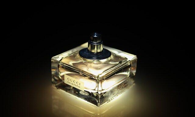 Czym kierować się przy zakupie perfum