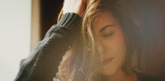 Dla kobiet nadmierna utrata włosów jest dużym obciążeniem psychicznym